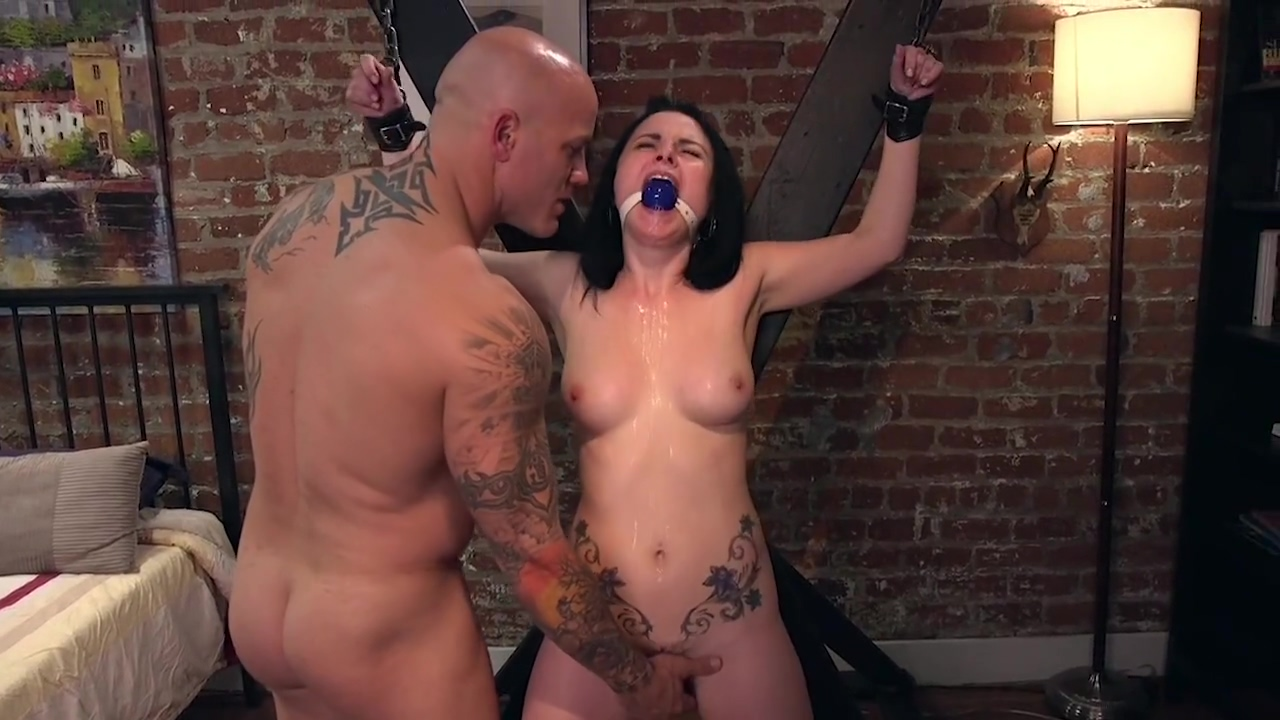 Tattooed Chastity Slavegirl Is Denied And Flogged By Her Master