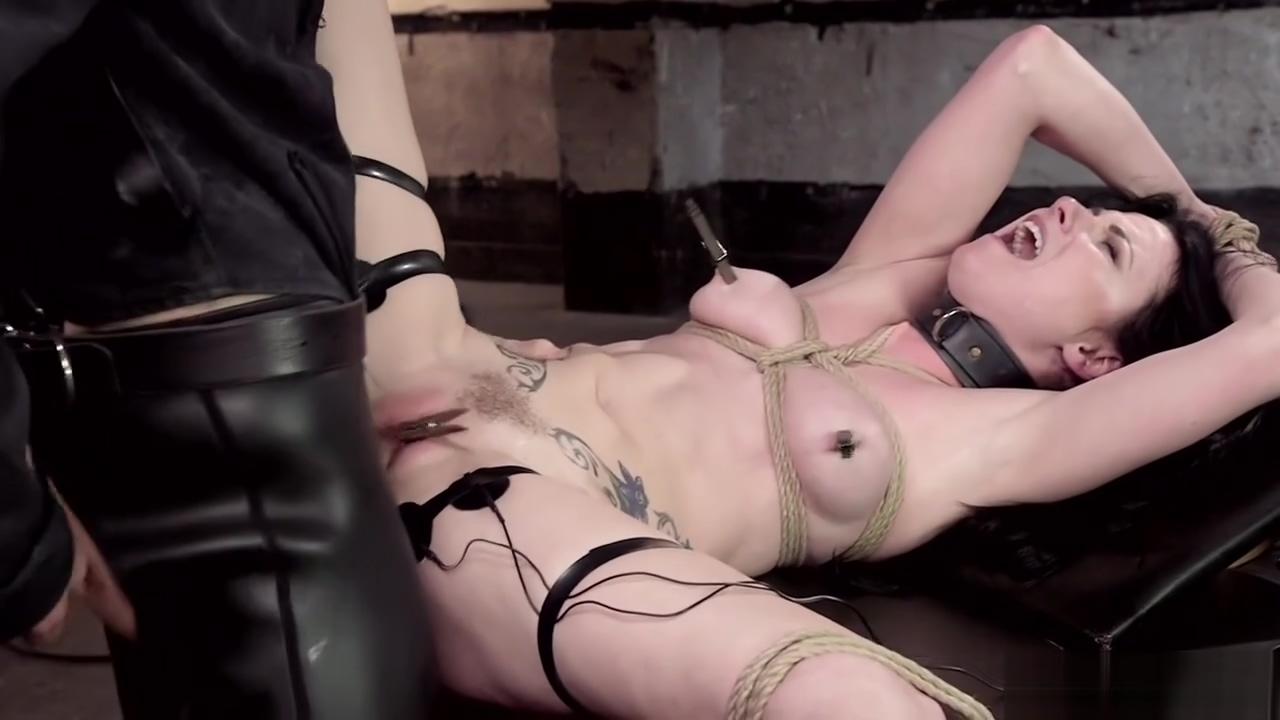 Slave is suspension bondage anal fucked