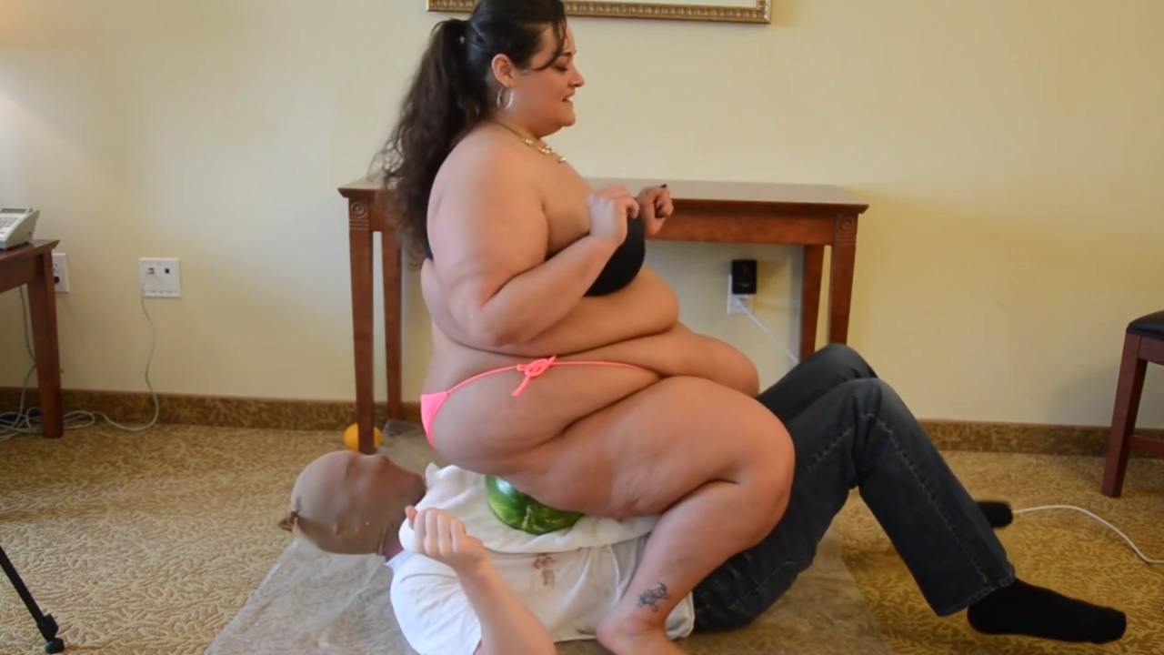 BBW Trampling and Food Squash on Slave's Body