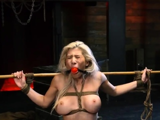 Sandy foot fetish Big-breasted light-haired sweetheart Crist