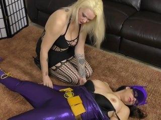 Batgirl Lesbian Bondage Role Play