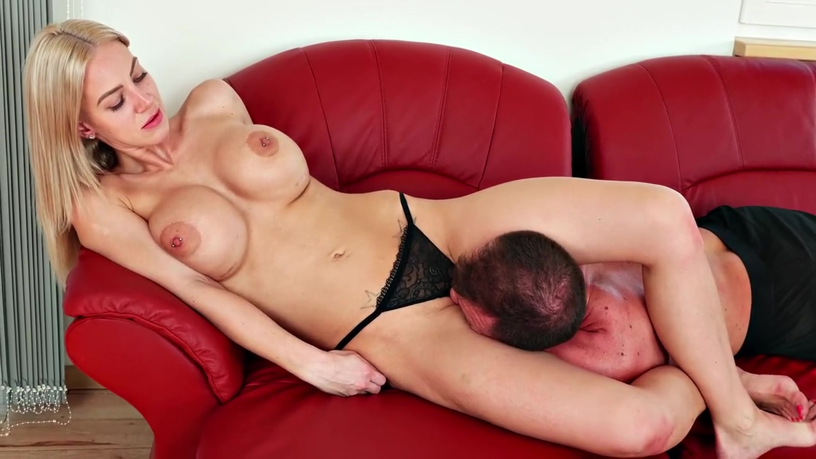 Huge Boobs In Facesitting - Strong Guy Humiliated By Blonde Chick