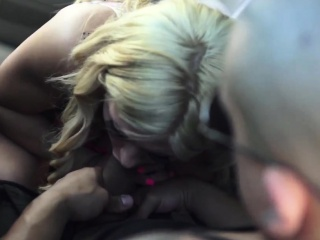 Sensual blonde teen teen Mia Pearl was on her way to get som
